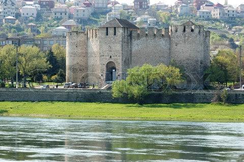 Le Dniestr (ou Nistru) : un fleuve essentiel en Moldavie